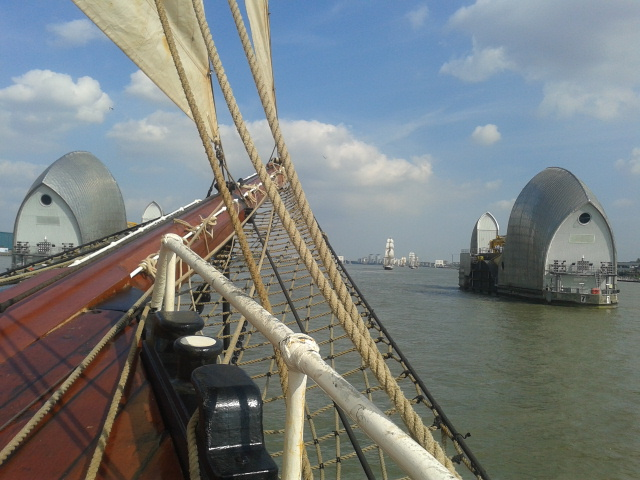 On board Oosterschelde sailing towards Thames Barrier 20140909_145534
